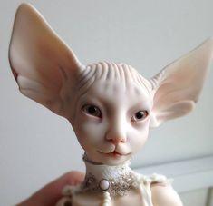 5 Russian Doll Artists Creating Eerie, Hyperrealistic Handmade Toys : 5 Russian Doll Artists Creating Eerie, Hyperrealistic Handmade Toys - VICE These eye-popping art dolls will give you the shivers. Clay Dolls, Bjd Dolls, Kokeshi Dolls, Montessori Baby, Victorian Dolls, Creepy Dolls, Doll Repaint, Russian Art, Custom Dolls