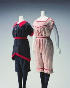 Vintage bathing suits, The Kyoto Costume Institute. 1900s Fashion, Edwardian Fashion, Vintage Fashion, Belle Epoque, Vintage Bathing Suits, Vintage Swimsuits, Antique Clothing, Historical Clothing, Historical Society