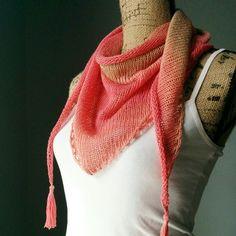 Free knitting pattern: Stockinette Stitch Shawlette by Purl Avenue Knitted Shawls, Crochet Shawl, Crochet Yarn, Knitting Yarn, Knitted Scarves, Knitting Patterns Free, Knit Patterns, Free Knitting, Knitting Ideas