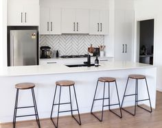 11 types of white kitchen splashback tiles: Add interest with shape over colour - STYLE CURATOR 11 types of white kitchen splashback tiles: Add interest with shape over colour. Kitchen Splashback Tiles, Kitchen Soffit, Kitchen Tiles Design, White Kitchen Cabinets, Kitchen Shelves, Splashback Ideas, Kitchen Island, Kitchen Chairs, Kitchen Furniture