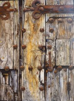 Anyone else see a ghost face? Vintage Doors, Antique Doors, Old Doors, Windows And Doors, Rustic Doors, Wooden Doors, Knobs And Knockers, Texture Photography, Found Art