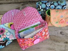 DIY sewing project, little pouch bags, love the coordinating fabrics