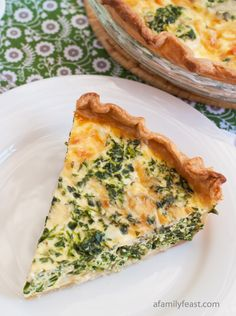 Spinach and Cheese Quiche - love the super sharp cheese and caramelized onions! #sponsored