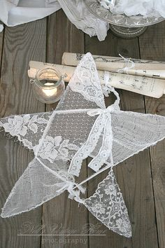 Vintage Lace & Doilies: Upcycled and Repurposed dye 1 red & 1 blue use for 4th of July decorations