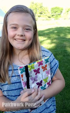 Composition Book Cover with Elastic Closure – Sewing Projects for Kids Series (Patchwork Posse) Sewing Patterns For Kids, Sewing Projects For Kids, Sewing For Kids, Sewing Ideas, Kids Series, Vinyl Fabric, Sewing Class, How To Make Clothes, Shirt Quilt