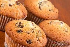 Receita de Muffins com iogurte e chocolate em receitas de bolos, veja essa e outras receitas aqui!
