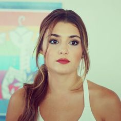 Hande ercel Beautiful Girl Names, Beautiful Eyes, Murat And Hayat Pics, Brunette Makeup, Hande Ercel, Turkish Beauty, Stylish Girl Pic, Turkish Actors, Princesas Disney