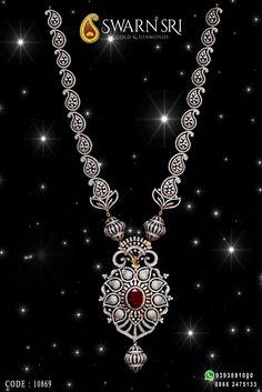 Grandeur Haaram adorned with Diamonds & Rubies. @ SwarnSri Gold & Diamonds, Vijayawada, Code : For any queries please. Gold Jewellery Design, Diamond Jewellery, Gold Jewelry, Jewelry Necklaces, Diamond Necklace Set, Diamond Pendant, Fashion Rings, Women's Fashion, Jewelry Illustration