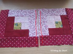 El blog de Dori: La gallina con peineta Quilting, Blanket, Blog, Scrappy Quilts, Hair Combs, Hens, Tutorials, Cooking, Scraps Quilt