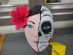 Adventures of a Middle School Art Teacher: 8th Grade Paper Mache Masks!