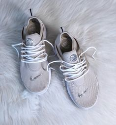 detailed look 365df 8c07f Nike Air Presto Desert Sand White customized with SWAROVSKI®   Etsy