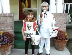 HAHAHA! One of the BEST Halloween Costumes EVER!