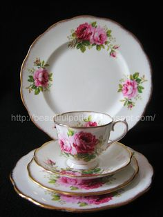 American Beauty Tea & Dinner Service Rare & Vintage set consist of: 1 x Coffee Pot 1 x Cake Plate 6 x Cups 6 X Saucers 6 x 6 Si. English Afternoon Tea, Vintage Country, Cake Plates, Royal Albert, Tea Cup Saucer, High Tea, Dinnerware, Tea Party, Vintage Teacups