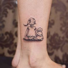 Creative Animal Tattoos - Meanings of Popular Tattoo Designs of Animals Mini Tattoos, Palm Tattoos, Dog Tattoos, Animal Tattoos, Body Art Tattoos, Tatoos, Piercing Tattoo, Piercings, Pretty Tattoos
