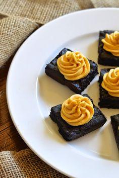 Gluten Free Dark Chocolate Brownies with Creamy Pumpkin Frosting #fallfest #glutenfree