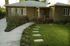 Contemporary Ranch Front Yard Landscape Front Yard Landscaping Lisa Cox Landscape Design Solvang, CA