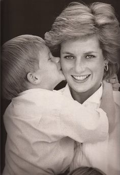 Adorable photo of Prince Harry kissing his Mother, Diana, Princess of Wales. Lady Di. Diana Spencer. Royals. Royal Family. Britain.