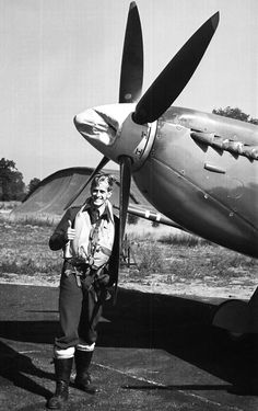 Kaptein Svein Heglund of 331 (Norwigean) squadron posing infront of his damaged Spitfire IX. His spinner was hit by part of a cockpit which he attacked and destroyed!(combat report in comments) Ww2 Aircraft, Fighter Aircraft, Military Aircraft, Fighter Pilot, Fighter Jets, Photo Avion, The Spitfires, Supermarine Spitfire, Ww2 Planes