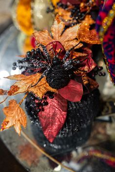 Fall Pumpkin Decorating Ideas for your home Luxury Home Decor, Fall Home Decor, Autumn Home, Halloween Floral Arrangements, Silk Floral Arrangements, Faux Pumpkins, Pumpkin Decorating, Decorating Ideas, Hearth And Home
