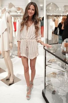 2 Rainy Hamptons Fêtes, 19 Inspired Outfits
