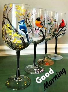 Broken Glass Art, Sea Glass Art, Stained Glass Art, Decorated Wine Glasses, Hand Painted Wine Glasses, Wine Glass Crafts, Wine Glass Set, Wine Glass Images, Bottle Painting
