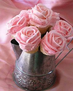 OMG!!!!! This has to be my MOST favorite thing EVER!!!!!!! white cupcakes/Pink Frosting(LOTS) to look like ROSES!!!! Love Love Love this!!
