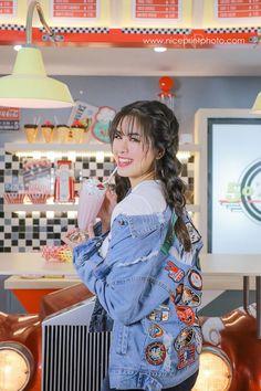 Filipina Actress, Lucky 7, May 1, Beauty Queens, Photoshoot Ideas, Kisses, Idol, Daughter, Wattpad