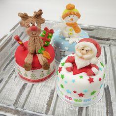 Santa, Reindeer and Snowman individual cakes