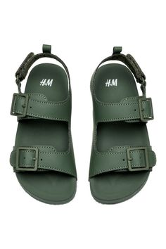 Sandals in faux leather. Straps with adjustable fasteners and soft, molded rubber soles. Sandals Outfit, Shoes Sandals, Green Sandals, Birkenstock Sandals, Kinds Of Shoes, H&m Online, Fashion Company, Huaraches, Flip Flop Sandals