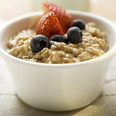 "Oatmeal is just about the best breakfast and any-time-of-day snack recommended by The Reflux Diet. Even instant oatmeal with raisins is ""legal"" because the oatmeal absorbs the acidity of the raisins Oatmeal Recipes, The Oatmeal, Oatmeal Diet, Oatmeal Porridge, Overnight Oatmeal, Oatmeal Mask, Bulgur, Breakfast, Snacks"