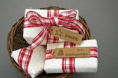 Corinera Lederetiketten machen sich auch toll als Geschenkanhänger!