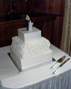 Elegant Garden Spring Summer Vintage White Square Wedding Cakes Photos & Pictures - WeddingWire.com
