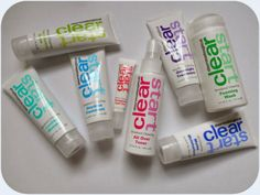 #Dermalogica Clear Start Skincare: tough on breakouts and gentle on skin!