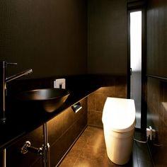 カッコいいトイレを考えるのが好き♡ #トイレ #toilet #黒いトイレ #black #間接照明 #ネオレスト #TOTO #カウンター手洗い #スリット窓