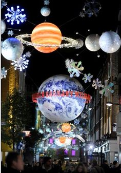 Carnaby Street Christmas : the dream place for children