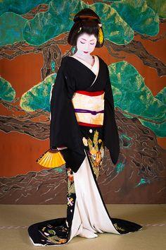 Geisha Jungles of Paris Geisha Japan, Geisha Art, Kyoto Japan, Okinawa Japan, Japanese Artwork, Japanese Prints, Japanese Beauty, Japanese Girl, Yukata