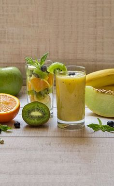 Healthy Smoothies Recipe Weight Loss Smoothie - Kiwi, Apricot, And Muskmelon Smoothie - Want to get rid of your pot belly and thunder thighs? Or do you want to stay healthy and fit? Then, you must try out these effective weight loss smoothies. Fruit Smoothies, Healthy Smoothies, Smoothie Recipes, Healthy Drinks, Ginger Smoothie, Kiwi Smoothie, Smoothie King, Strawberry Smoothie, Fat Burning Drinks
