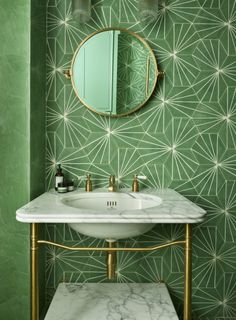 Art Deco Bathroom by Drummonds Art Nouveau Interior, Art Nouveau Design, Art Nouveau Bedroom, Interiores Art Deco, Wall Tiles Design, Art Deco Bathroom, Bathroom Interior Design, Decoration, Architecture