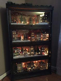 Awesome DIY Christmas Decorations on a Budget - Christmas Village Display christmasdecorations holidaycrafts 550987335663106345 Diy Christmas Decorations For Home, Christmas On A Budget, Christmas Love, Christmas Projects, Winter Christmas, Vintage Christmas, Diy Christmas Village Accessories, Christmas Mantles, Victorian Christmas