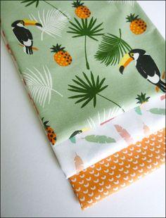 Lot de 3 coupons fat quarter 45 x 50 cm coton motifs toucans, ananas, plumes : Tissus Habillement, Déco par atomictissus