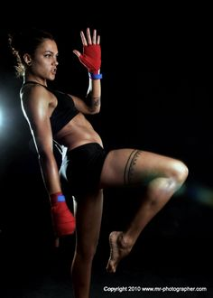 Kick Fighting Females: Women's Muay Thai