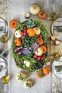 Using vegies, succulents and mini pumpkins.so easy to create great centerpieces and interesting tablescapes. Fall is such a beautiful and bountiful season! Pumpkin Carving Party, Pumpkin Topiary, Pumpkin Candles, Pumpkin Centerpieces, Centerpiece Ideas, Bowl Centerpieces, Centrepieces, White Pumpkins, Fall Pumpkins
