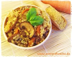 Immer wieder lecker: Bulgur, Champignons und Karotten // Kochen mit den 5 Elementen // www.energiekueche.de Curry, Fried Rice, Fries, Healthy Recipes, Ethnic Recipes, Food, Bulgur, Turmeric, Browning