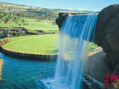 Ko Olina Golf Club Hawaii golf  http://search.gora.golf.rakuten.co.jp/cal/disp/c_id/520045?scid=pinterest_hawaii