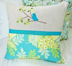 Sewing Pillows bird pillow - I got the most beautiful Nicey Jane fabrics in. The designer is Heather Bailey. Cute Pillows, Diy Pillows, Decorative Pillows, Throw Pillows, Patchwork Pillow, Quilted Pillow, Cushion Covers, Pillow Covers, Quilting Projects