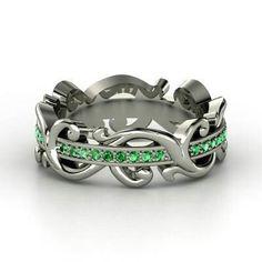 Beautiful celtic ring
