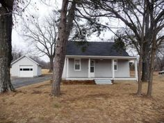 4545 E ST CHARLES RD, Columbia MO 65201 | Older home in good condition on 13 acres. http://www.houseofbrokers.com/p/53/352954