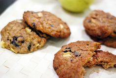 peanut butter and apple oatmeal cookies..interesting...gotta make these