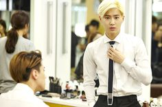 Suho (and Sehun) | official SMTOWNnow 140814 update 'The press conference for 'EXO 90:2014''