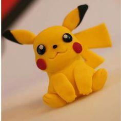 Pikachu Topper http://amzn.to/2luw5mX http://amzn.to/2ttYxpw